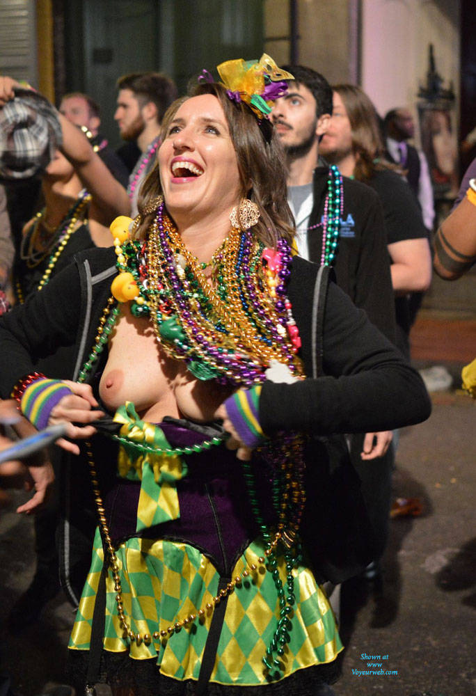 Pic #7 Mardi Gras - Big Tits, Public Exhibitionist, Flashing, Outdoors, Public Place