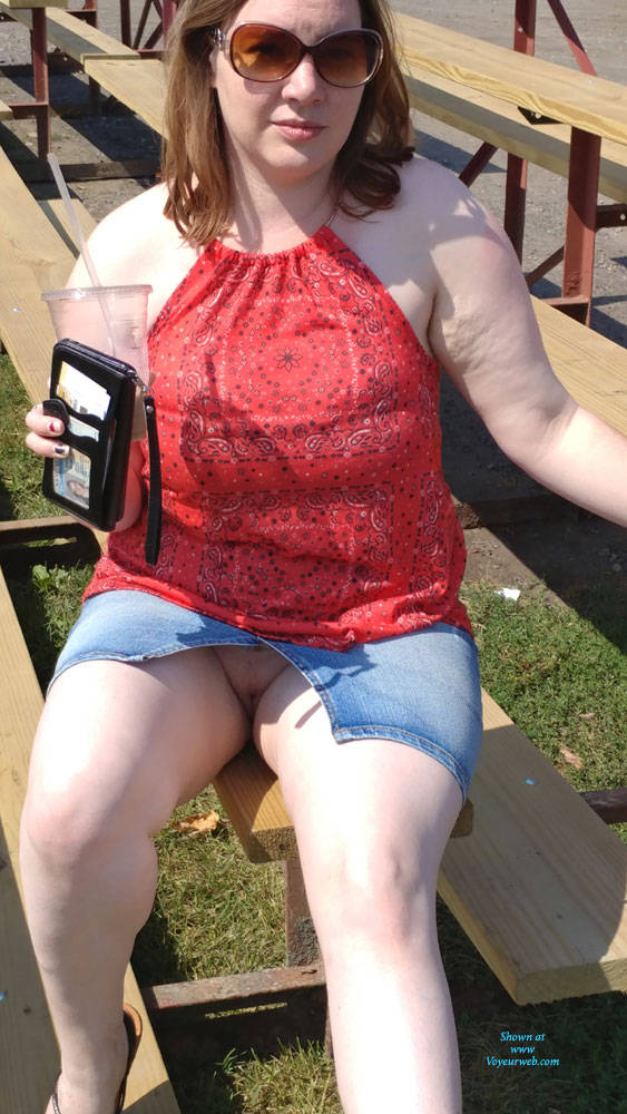 Pic #4 A Little Flashing Fun - Pantieless Girls, Big Tits, Public Exhibitionist, Flashing, Outdoors, Public Place, Amateur