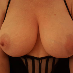 Smokin' Hot Wife - Wife/Wives, Amateur