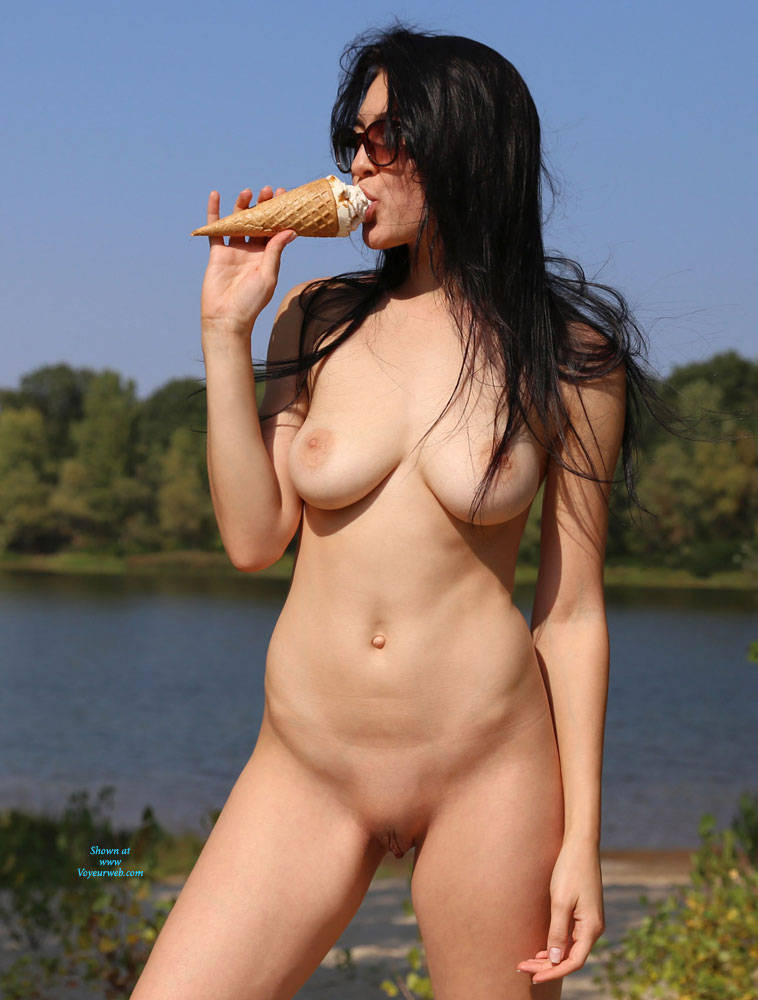 Pic #6 Ice Cream On The Beach - Nude Girls, Beach, Big Tits, Brunette, Outdoors, Shaved, Amateur, Firm Ass