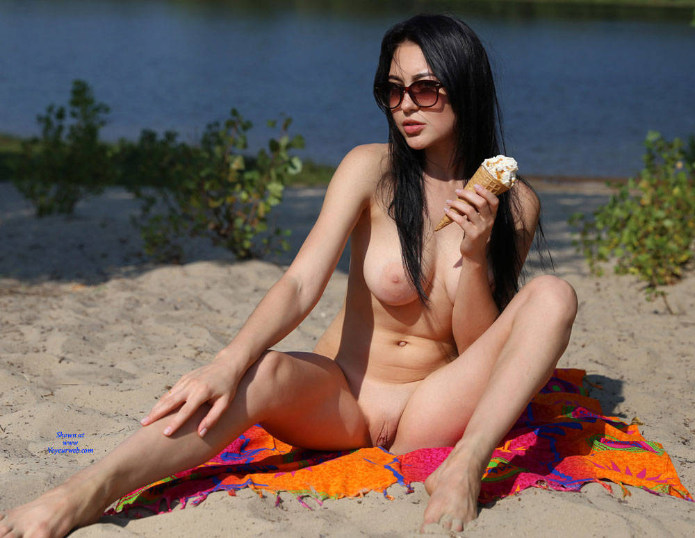 Pic #7 Ice Cream On The Beach - Nude Girls, Beach, Big Tits, Brunette, Outdoors, Shaved, Amateur, Firm Ass