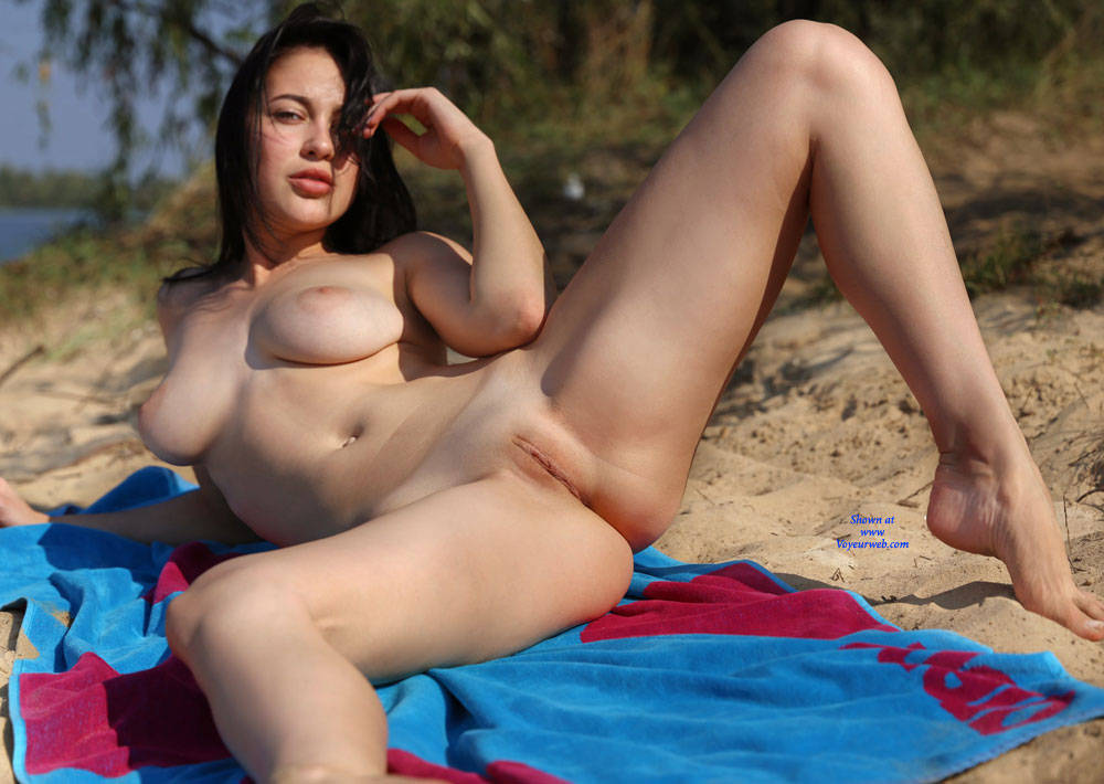 Pic #10 Ice Cream On The Beach - Nude Girls, Beach, Big Tits, Brunette, Outdoors, Shaved, Amateur, Firm Ass