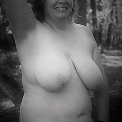 Big Tits Outdoors - Nude Wives, BBW, Big Tits, Outdoors, Amateur