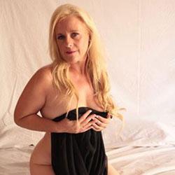 Madura Sexy - Blonde, Amateur