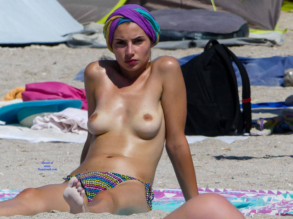 Pic #1 Oh Those Topless Chicks - Topless Girls, Beach, Big Tits, Brunette, Outdoors, Beach Voyeur