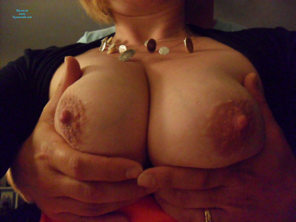 Pic #1 Wife Hot - Big Tits, Wife/wives, Amateur