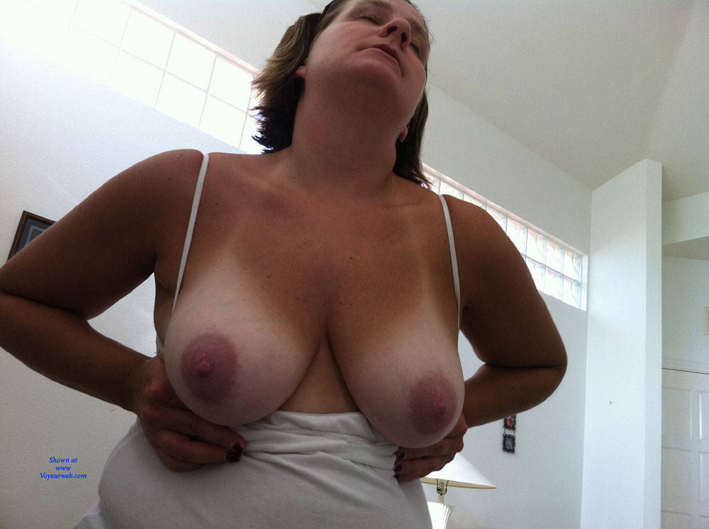 Pic #2 Wife Hot - Big Tits, Wife/wives, Amateur