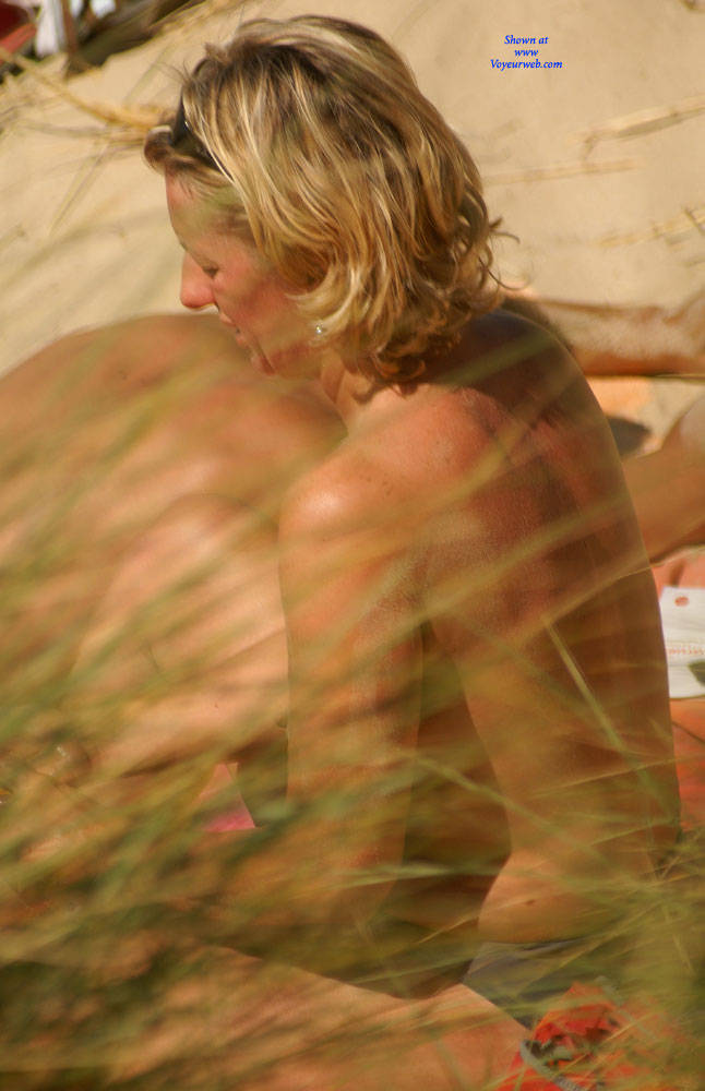 Pic #3 Pretty Milf North Of France - Topless Girls, Outdoors