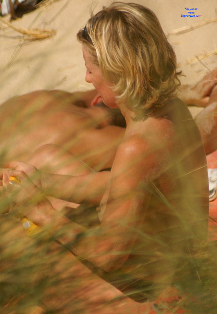 Pic #4 Pretty Milf North Of France - Topless Girls, Outdoors