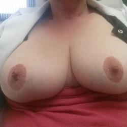 My medium tits - MilfRN