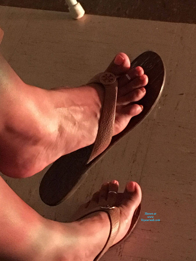 Pic #1 Wife's Sexy Feet - Foot Pics
