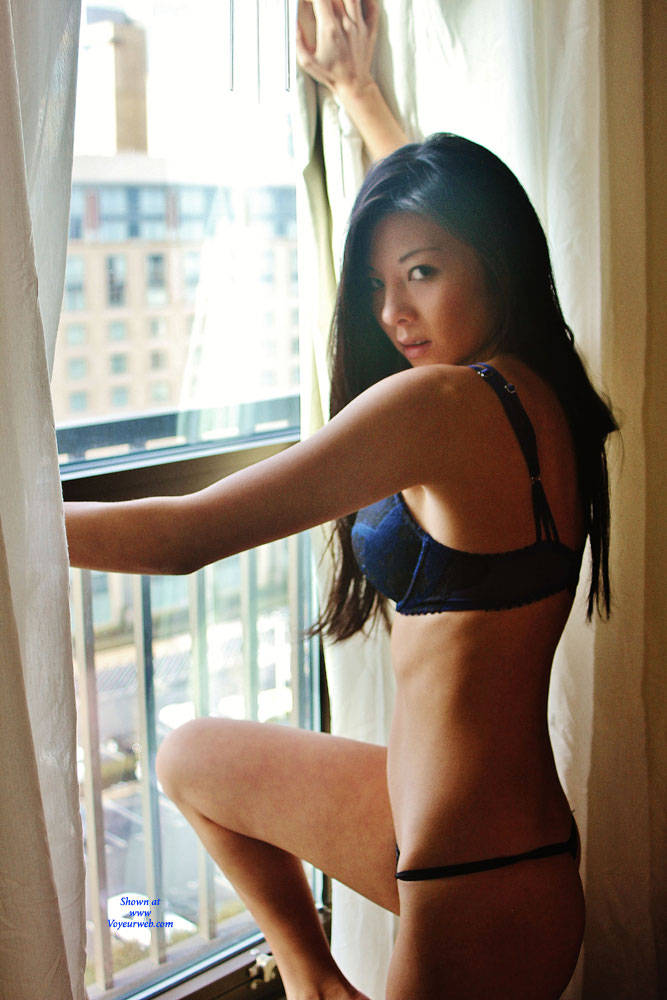 Pic #2 Annie - Nude Girls, Asian, Big Tits, Brunette