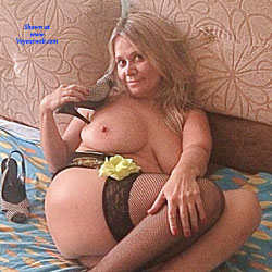 Hot Holes - Big Tits, Mature, Bush Or Hairy, Amateur