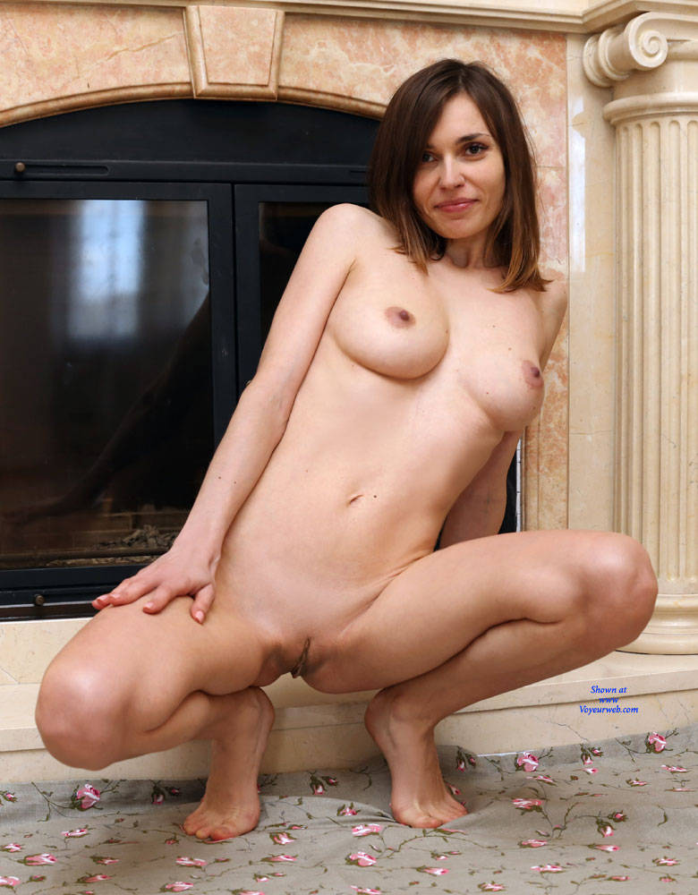 Pic #7 At Home - Nude Girls, Big Tits, Brunette, Shaved, Amateur, Firm Ass