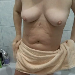 In The Bathroom 3 - Nude Wives, Big Tits, Bush Or Hairy, Amateur