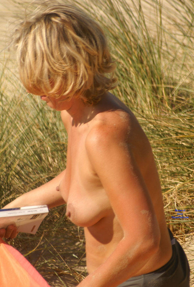Pic #1 Pretty Milf North Of France 2 - Topless Girls, Blonde, Outdoors