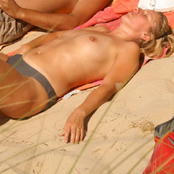 Pretty Milf North Of France 2 - Topless Girls, Blonde, Outdoors