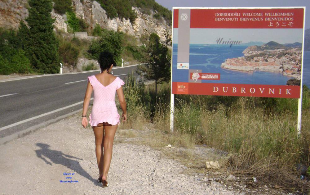 Pic #4 Public Flashing - Pantieless Girls, Brunette, Public Exhibitionist, Outdoors, Public Place, Amateur