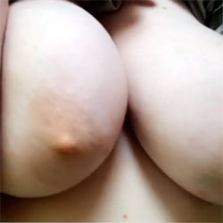 Hannah Boobs  - Big Tits