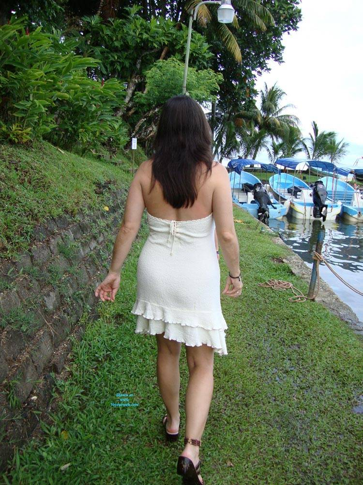 Pic #9 Hot And Sexy Milf - Brunette, Outdoors, Amateur
