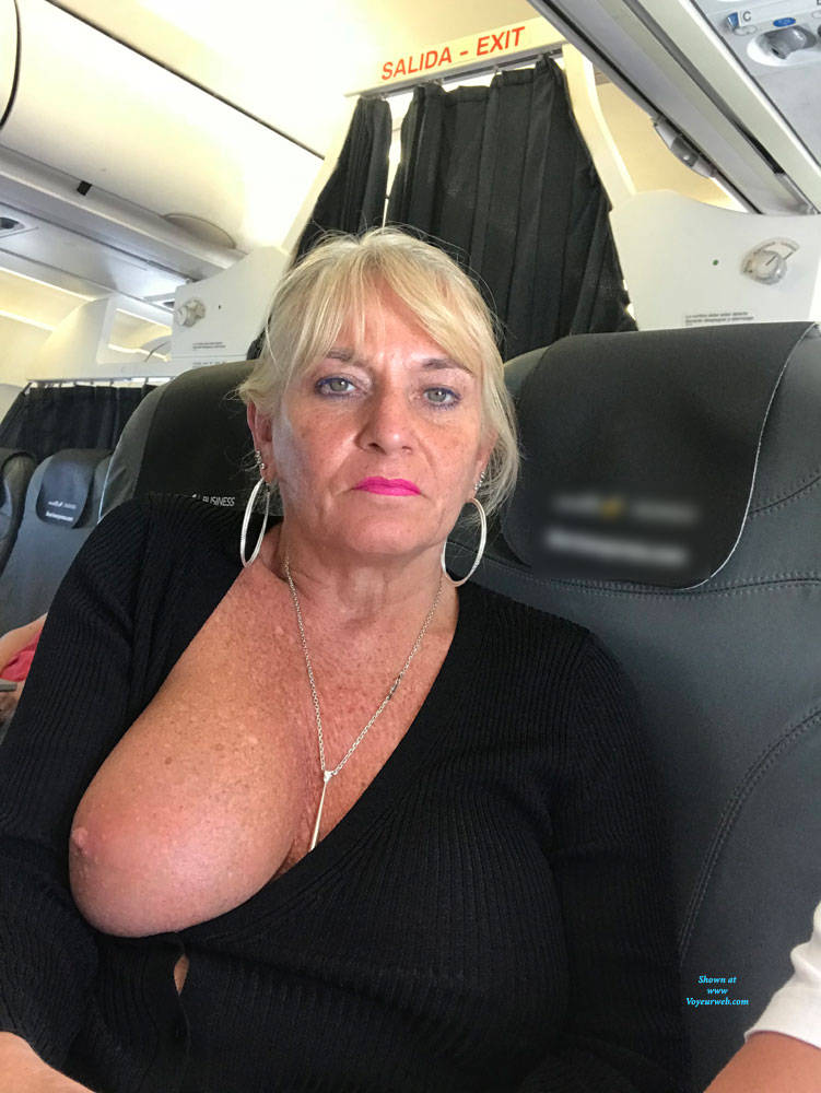Pic #5 Flying High - Big Tits, Blonde, Public Exhibitionist, Flashing, Public Place, Amateur, Body Piercings