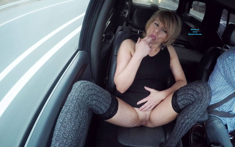 Pic #2 45 Years Old - Pantieless Girls, Public Exhibitionist, Flashing, Mature, Shaved, Amateur