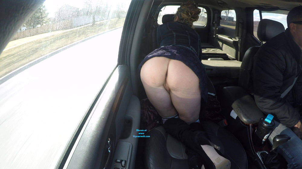Pic #1 Best Ass In A Public Place - Public Exhibitionist, Flashing, Amateur