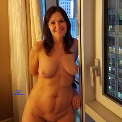 Toy Time - Nude Girls, Brunette, Shaved, Amateur