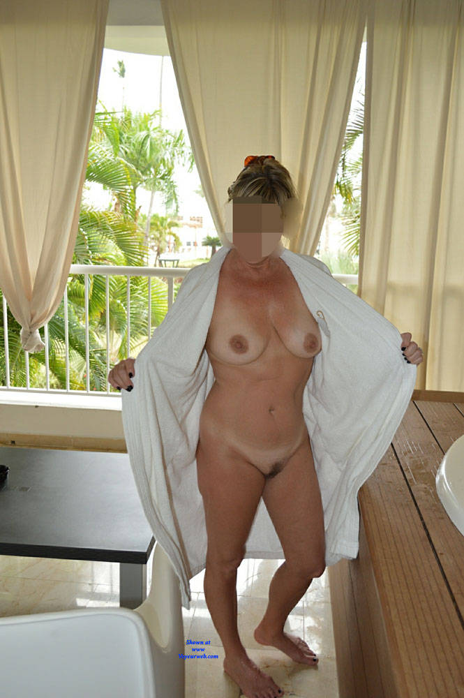 Pic #6 Vacation Pictures - Nude Wives, Big Tits, Mature, Amateur