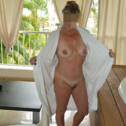 Vacation Pictures - Nude Wives, Big Tits, Mature, Amateur