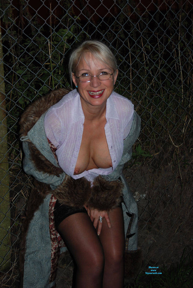 Pic #3 A Walk In The Dark Part 1 - Big Tits, Outdoors, Wife/wives