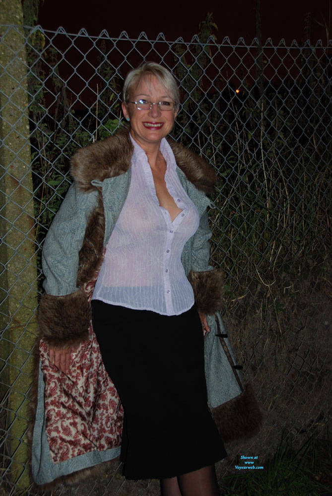 Pic #1 A Walk In The Dark Part 1 - Big Tits, Outdoors, Wife/wives