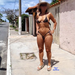 Edna From Recife City, Brazil - Public Exhibitionist, Outdoors, Public Place, Amateur
