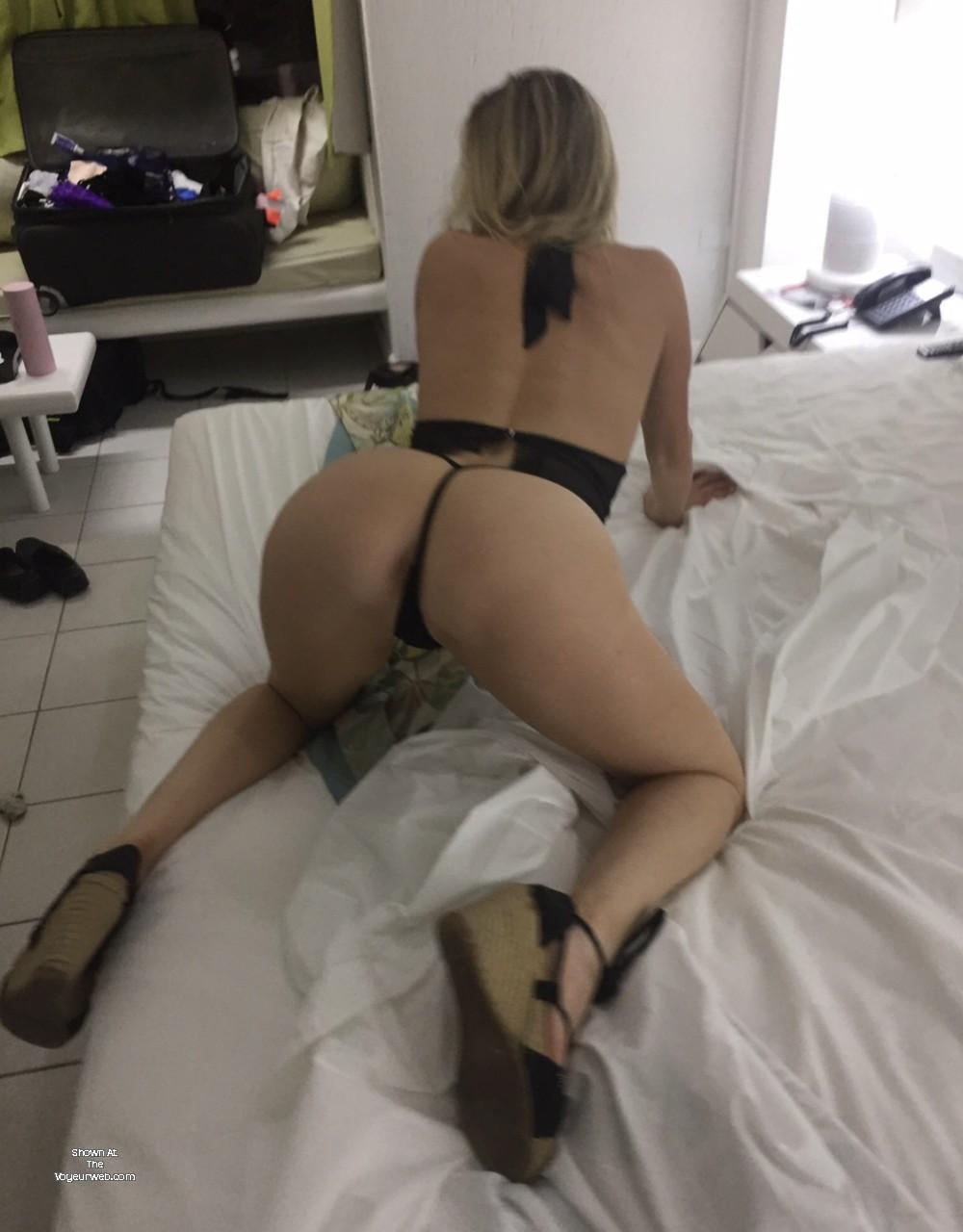 Pic #1 My ass - Sarah