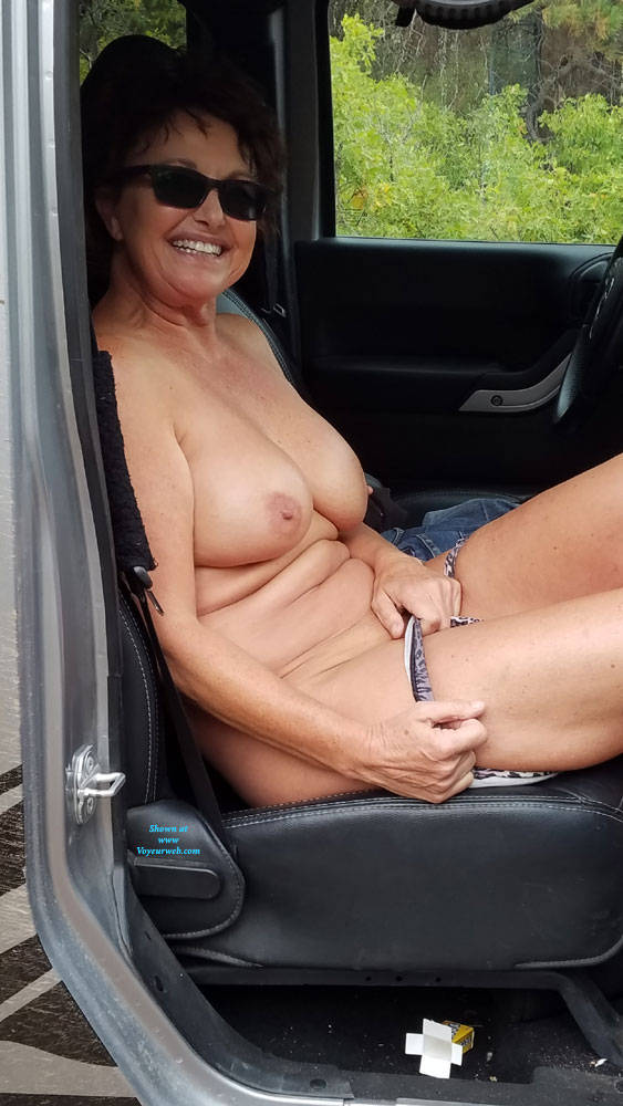 Pic #8 Fall Posing - Nude Amateurs, Big Tits, Brunette, Outdoors, Nature
