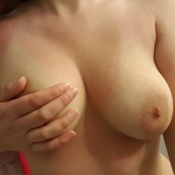Medium tits of my girlfriend - CMgirl
