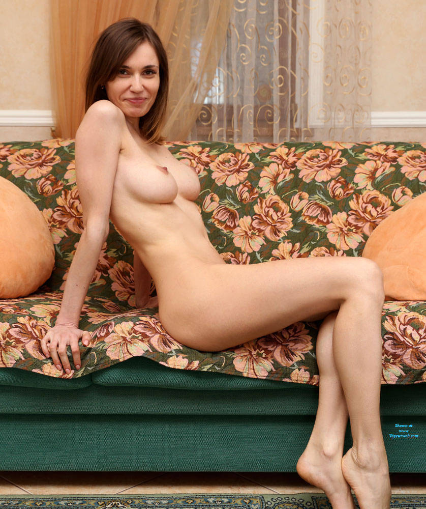 Pic #2 The Evening Is Coming - Nude Girls, Big Tits, Brunette, Shaved, Amateur