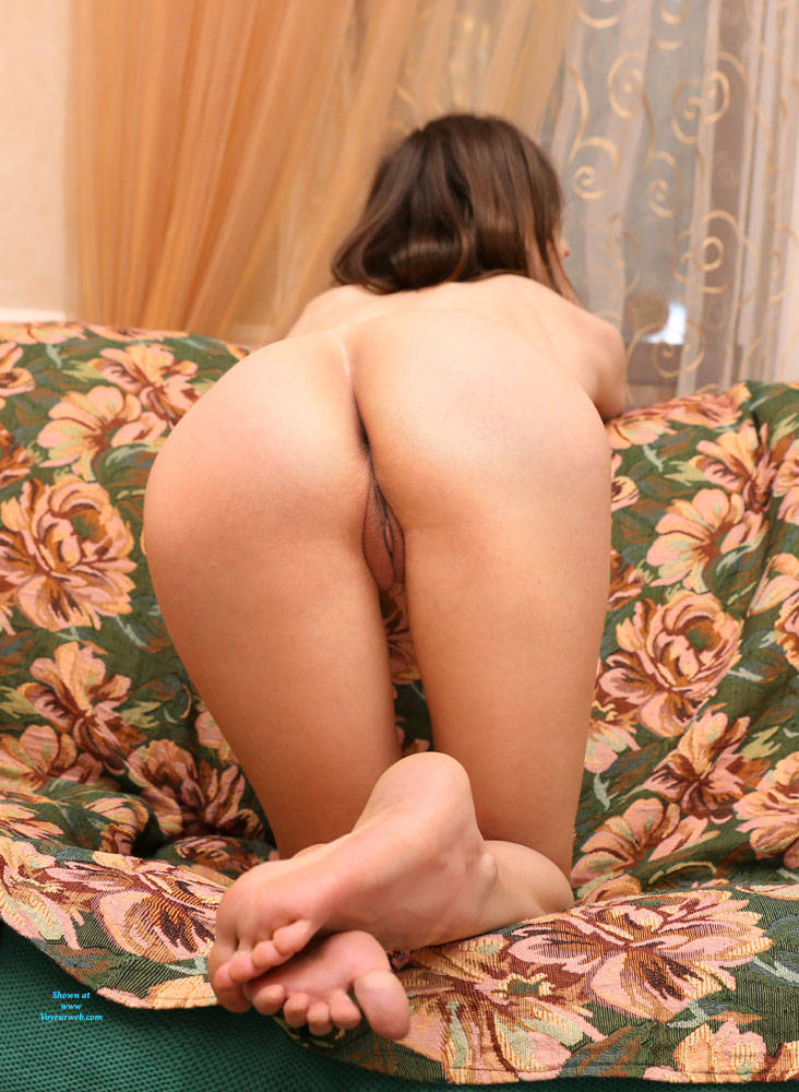 Pic #6 The Evening Is Coming - Nude Girls, Big Tits, Brunette, Shaved, Amateur