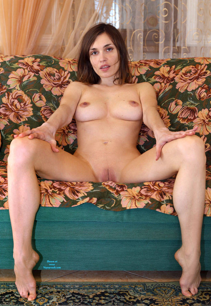 Pic #7 The Evening Is Coming - Nude Girls, Big Tits, Brunette, Shaved, Amateur