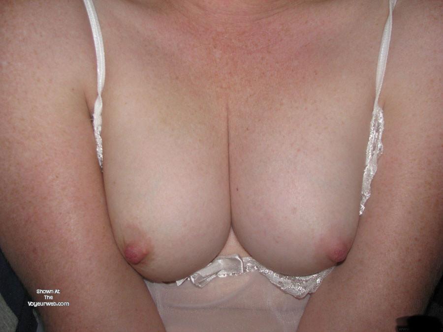 Pic #1 My medium tits - Redhot