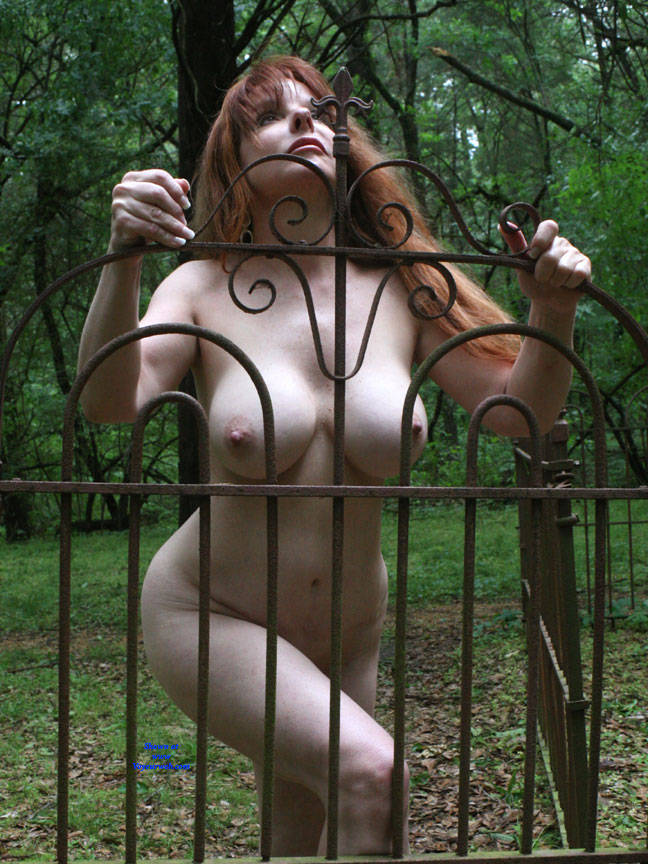 Fence In Sunlight - Big Tits, Nude Outdoors, Redhead, Naked Girl, Amateur , Outdoors, Nude, Big Tits, Shaved Pussy, Big Ass