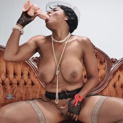 Raven Swallowz Vintage Latex Fun - Nude Girls, Big Tits, Cumshot, Ebony, Toys, Amateur, Lingerie, stockings pics, Facials