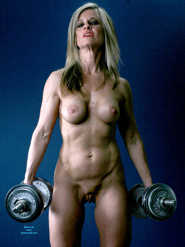 Pic #3 Weights - Nude Girls, Big Tits, Blonde, Shaved, Mature