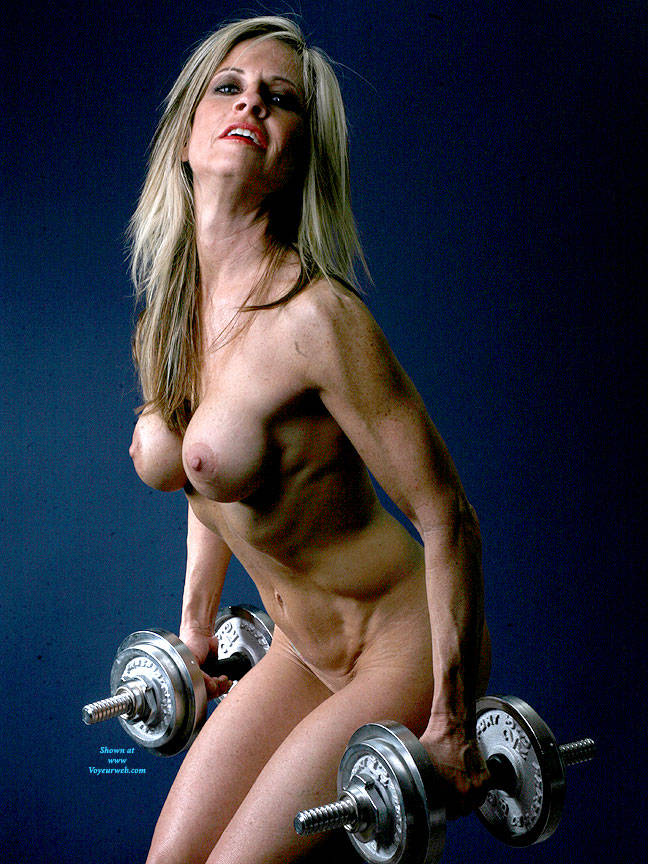 Pic #7 Weights - Nude Girls, Big Tits, Blonde, Shaved, Mature