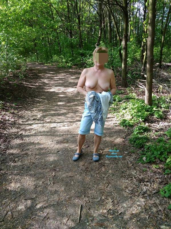 Pic #1 In Nature - Big Tits, Public Exhibitionist, Flashing, Outdoors, Public Place, Wife/wives, Amateur