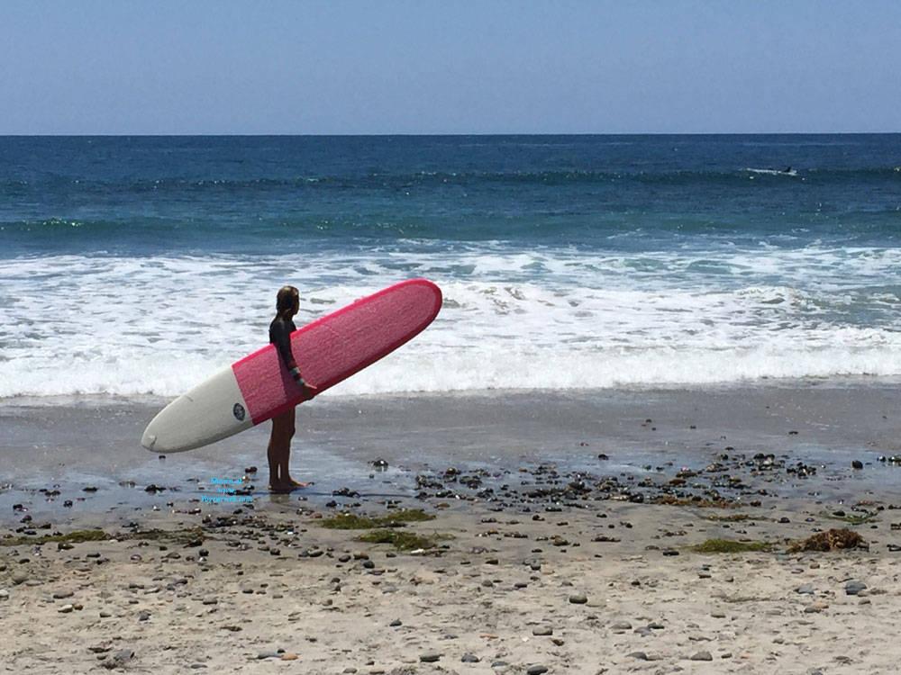 Pic #1 Sexy Surfer Ass - Beach, Outdoors, Beach Voyeur