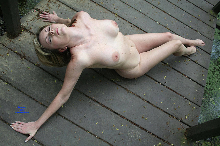 Pic #1 On The Bridge - Nude Girls, Big Tits, Outdoors, Amateur