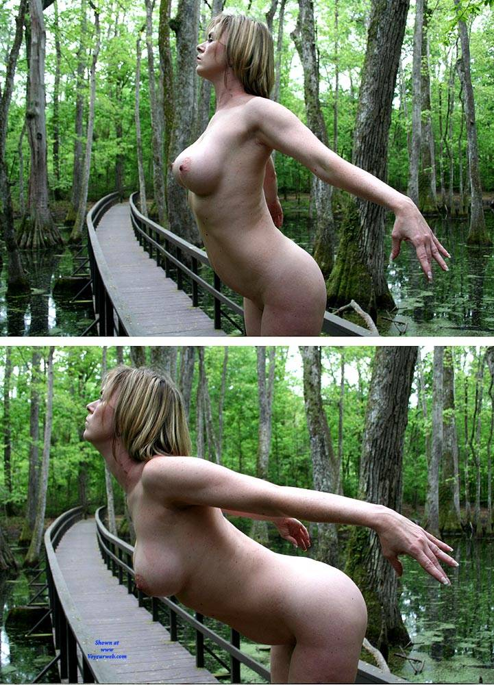 Pic #10 On The Bridge - Nude Girls, Big Tits, Outdoors, Amateur
