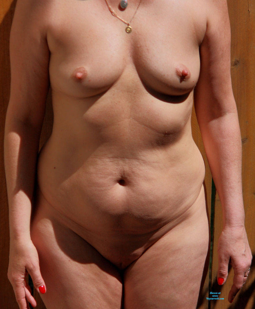 Pic #3 Awesome Granny - Nude Girls, Shaved, Amateur