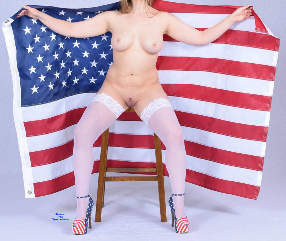 Pic #2 A Sexier Memorial Day Weekend - Nude Wives, Big Tits, High Heels Amateurs, Lingerie, Shaved, Stockings Pics